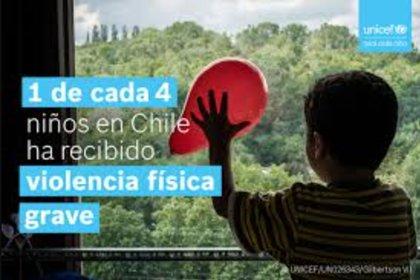 Diversas campañas, una de ellas de la UNICEF, buscan generar conciencia de los círculos de maltrato y explotación infantil en Chile. Generalmente, los niños y niñas considerados en riesgo social, son derivados al cuestionado SENAME