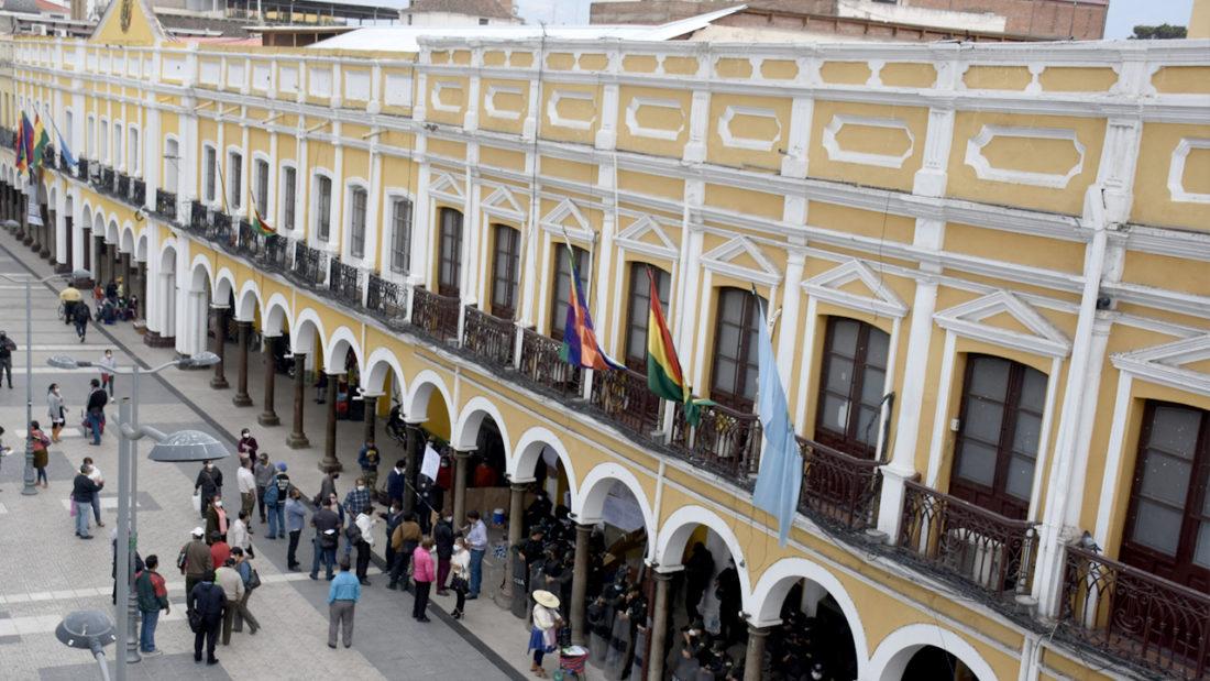 La fachada del Concejo Municipal de Cochabamba, en la Plaza 14 de Septiembre. DICO SOLÍS