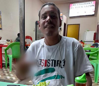 Venezolano se gana la confianza de sus empleadores y les roba en Santa Cruz