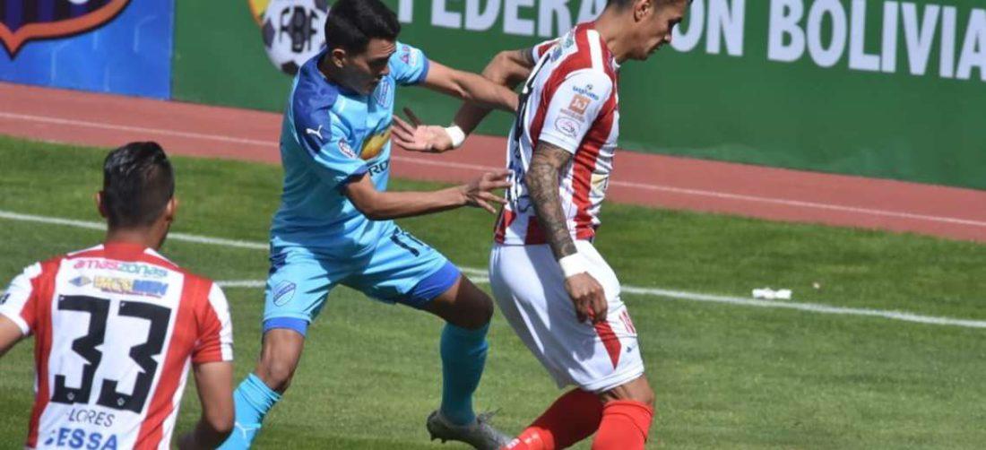 Bolívar tuvo problemas para vencer a Independiente. Foto: APG Noticias