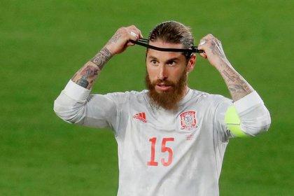 Sergio Ramos no estaba jugando por una lesión muscular (Reuters)