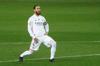 En menos de dos meses Sergio Ramos podría quedar libre (Reuters)