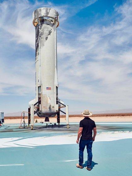 Jeff Bezos se abocará con mayor tiempo a Blue Origin, su empresa de exploración espacial (Blue Origin)
