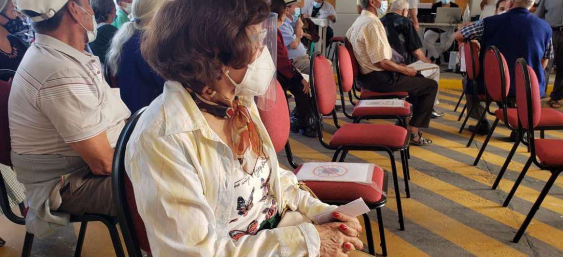 La vacunación esta semana es para mayores de 80 años. (Foto: Leonardo Gil)