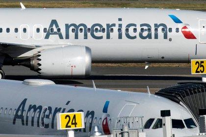Aviones comerciales de American Airlines. Foto: REUTERS/Eduardo Munoz