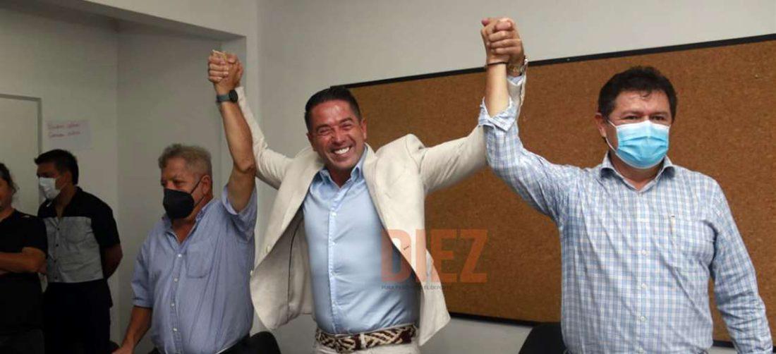 Bendek, Cronenbold y Bello presentaron su candidatura. Foto: Juan C. Torrejón
