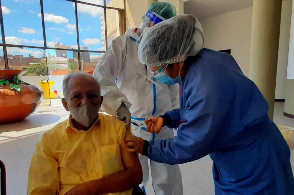 Tarija necesita 3 años para acabar vacunación Covid al ritmo actual