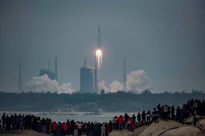 En los últimos días la comunidad internacional se encuentra en alerta por la caída de un cohete chino que va a reingresar al planeta en los próximos días, siendo uno de los posibles puntos de impacto Chile