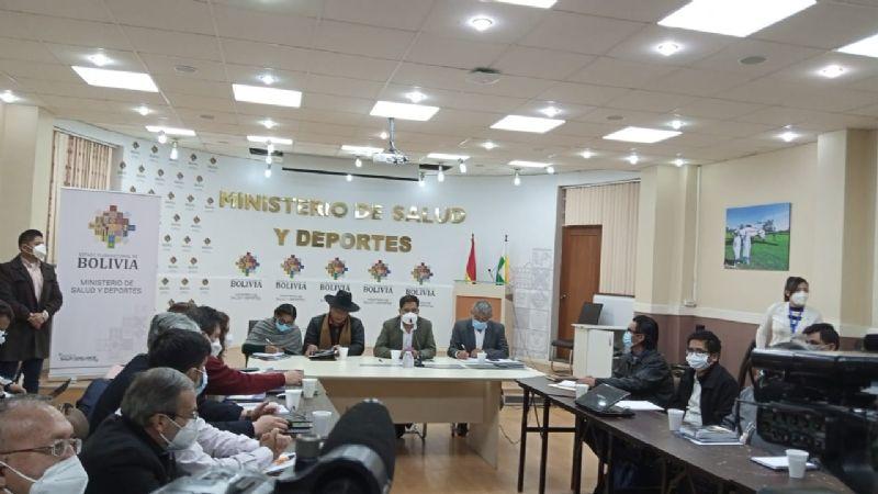 Auza y autoridades de La Paz se reúnen para coordinar el plan de vacunación