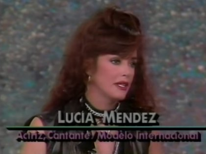Además de la actuación, Lucía Méndez también ha tenido una amplia trayectoria como cantante (Captura: YouTube Viktor Manuel Vikmar)