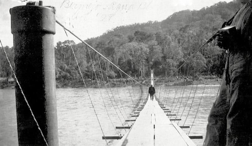 En la década del 50 ya había un puente peatonal