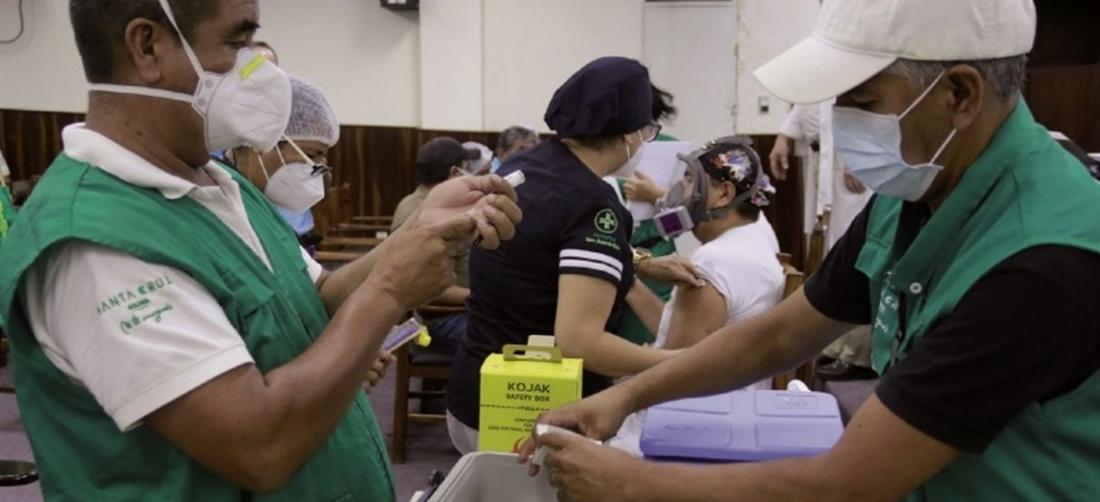 Santa Cruz espera más dosis para seguir la vacunación masiva. Foto. EL DEBER