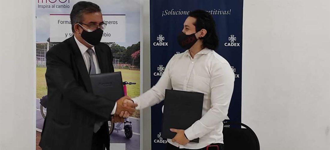 Salces (izq.) y Revollo destacaron el acuerdo logrado (Foto: Cadex)