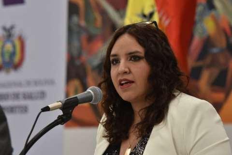 Vicemininistra Castro reconoce la presencia de cepas en el país. Foto: internet
