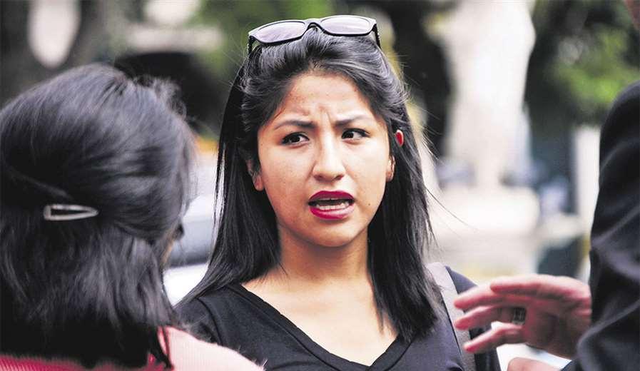 Evaliz Morales, hija del expresidente Evo Morales, recibió la vacuna a los 26 años