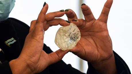 Anuncian en Botsuana el hallazgo del tercer diamante más grande del mundo