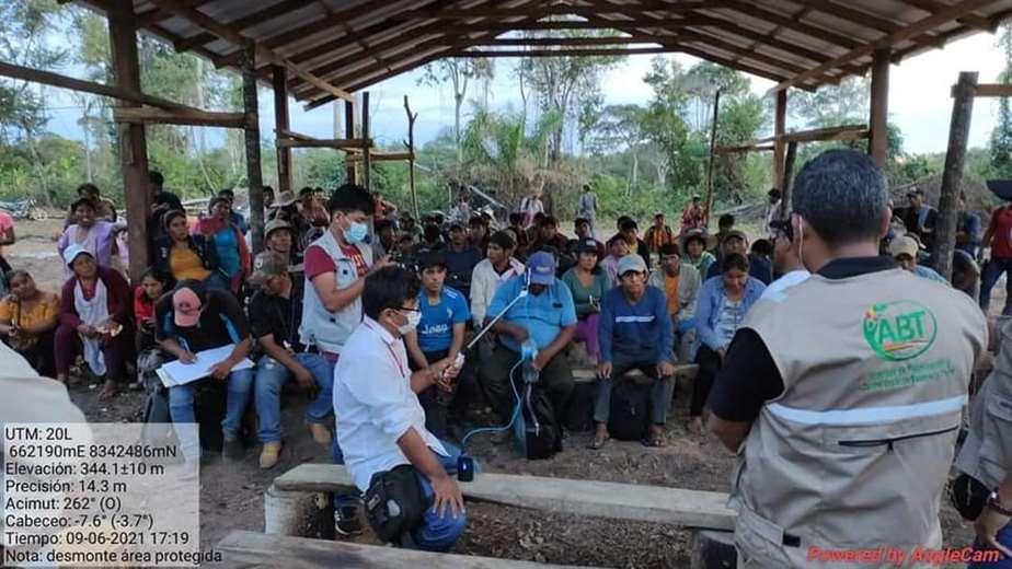 Se reunieron ante la afectación a territorios de comunidades indígenas