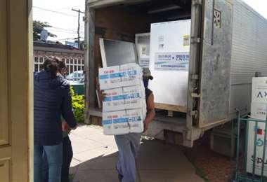 El cargamento de vacunas llegó hasta dependencias del PAI / Fotos: Rodolfo Orellana