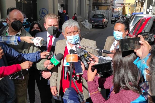 """Arias plantea continuar con la restricción de horarios y acciones sanitarias porque """"son exitosas"""""""