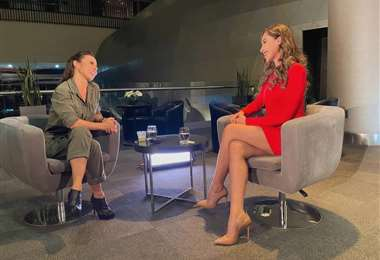 Kate del Castilo en entrevista con Denisse Quiroga