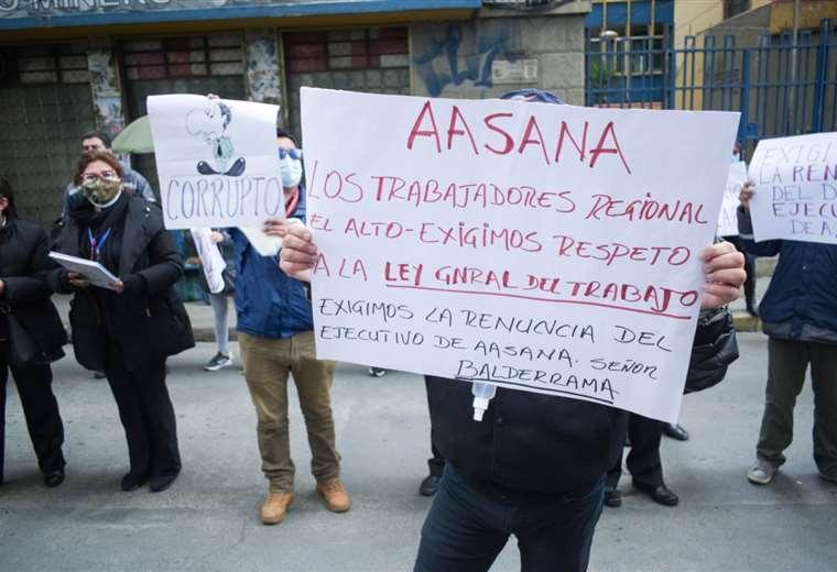 Extrabajadores denuncian despidos injustificados/Foto: EL DEBER