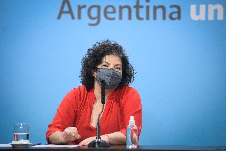 La ministra de Salud de la Nación, Carla Vizzotti, durante una conferencia de prensa en Casa Rosada.