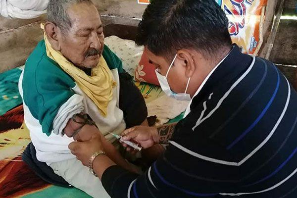 Proceso de vacunación en el Beni /Imagen de referencia/ Foto: SEDES BENI