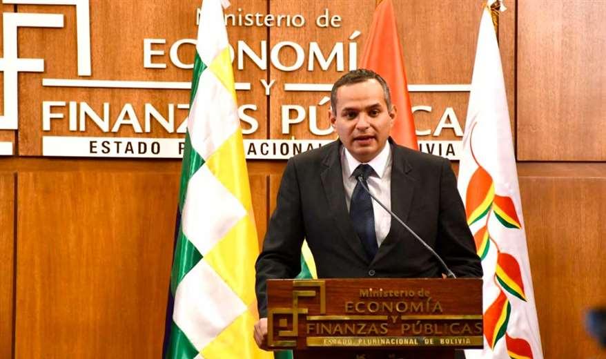 Schlink, varias veces denunció que el gobierno sobregiró las cuentas del Estado/Foto:ABI
