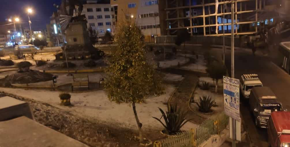 Nevada en la ciudad de El Alto