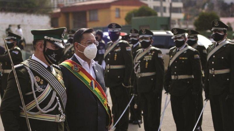 Policía: Arce exige «fidelidad» y Aguilera anuncia «sometimiento»