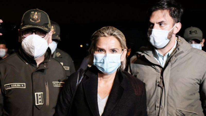 Añez solicita oficialmente el cese de su detención preventiva