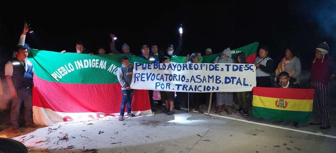 Los indigenas piden el cambio de sus legisladores/Foto: EL DEBER