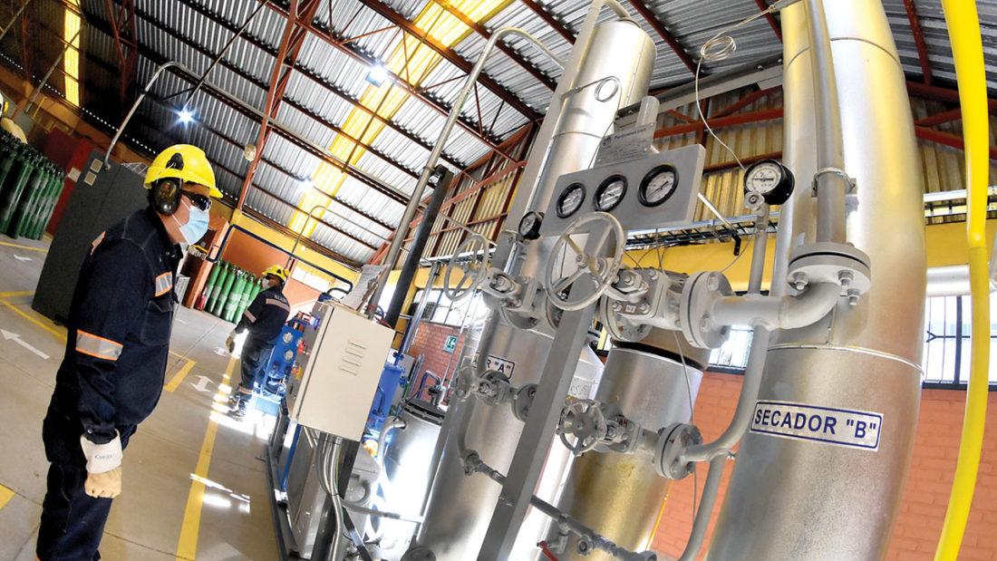 Equipos de la planta generadora de oxígeno inaugurada en el Hospital del Norte. DICO SOLÍS
