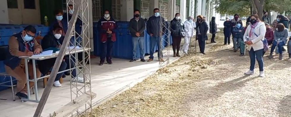 Salud acata paro indefinido por falta de pago de salarios en Tarija