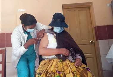 Vacunación contra el coronavirus en La Paz