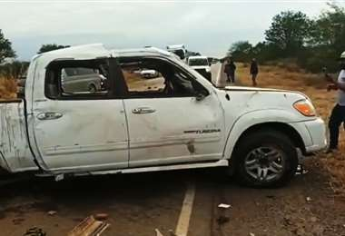 En este estado quedó la camioneta accidentada. Foto: RRSS