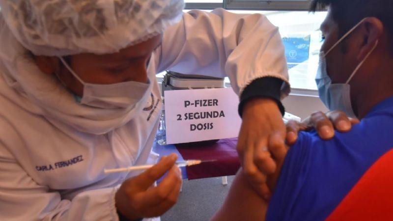 La vacunación en La Paz llega al 60% y en El Alto sólo al 20%