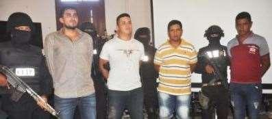 Rubén Rojo (primero de la izq) fue detenido en 2019 por robo de un vehículo