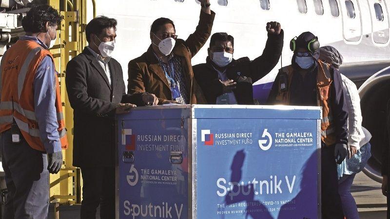 De las 5,2 MM de Sputnik contratadas, Bolivia sólo recibió 1,2 MM en siete envíos