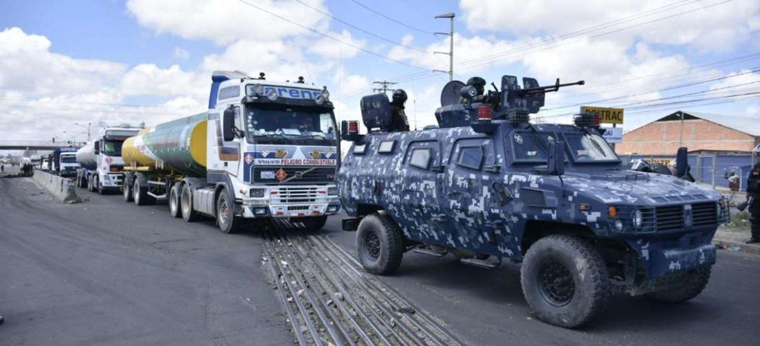 Convoy de cisternas que salió de Senkata