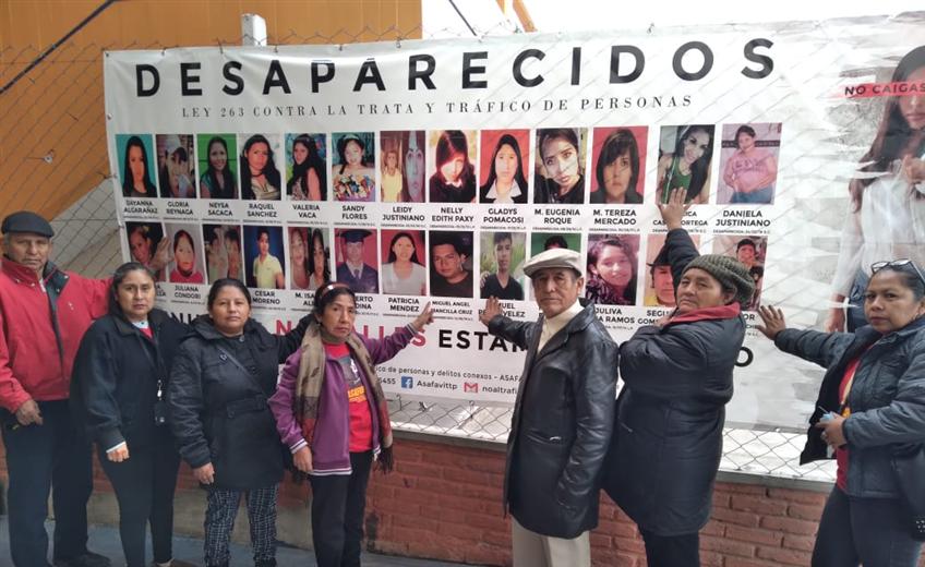 Familiares de desaparecidos esperan encontrar a sus seres queridos. Foto. Jessica Vega