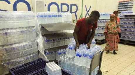 Científicos advierten que beber agua embotellada tiene un impacto 1.400 veces superior en el ecosistema que su consumo directo del grifo