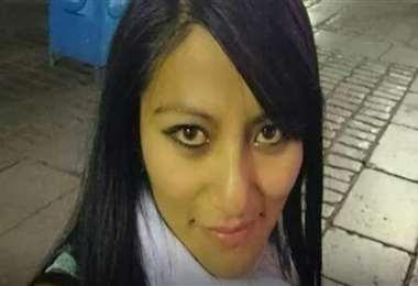 Ericka llegó a Santa Cruz huyendo de su pareja a quien denunció por violencia