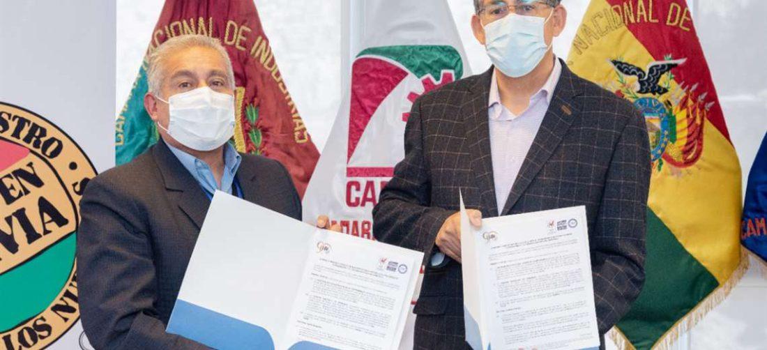 Daniel Pedro Vargas, viceministro de Lucha al Contrabando e Ibo Blazicevic de la CNI