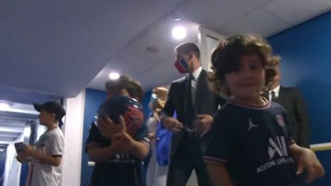 Los hijos de Leo Messi, vestidos del PSG
