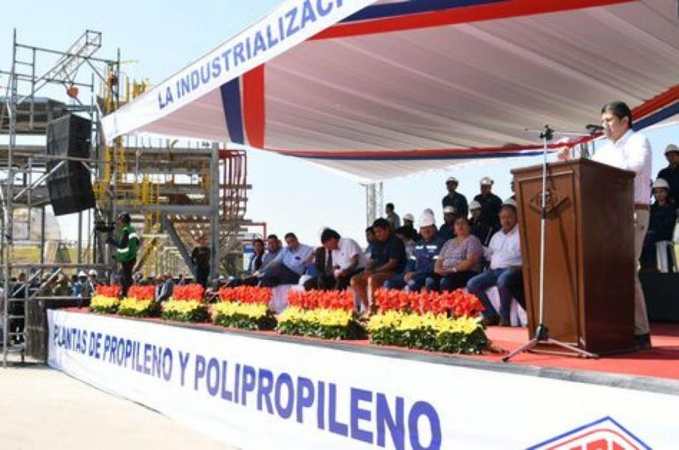 Informe de YPFB revela que la Petroquímica no tiene avances