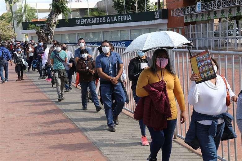 Foto archivo El Deber: el Ministerio de Salud detectó un leve incremento de contagios.