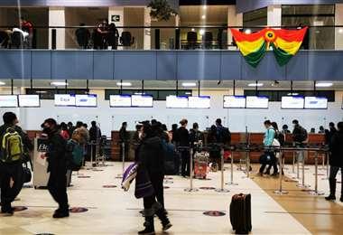 Los aeropuertos reiniciaron actividades