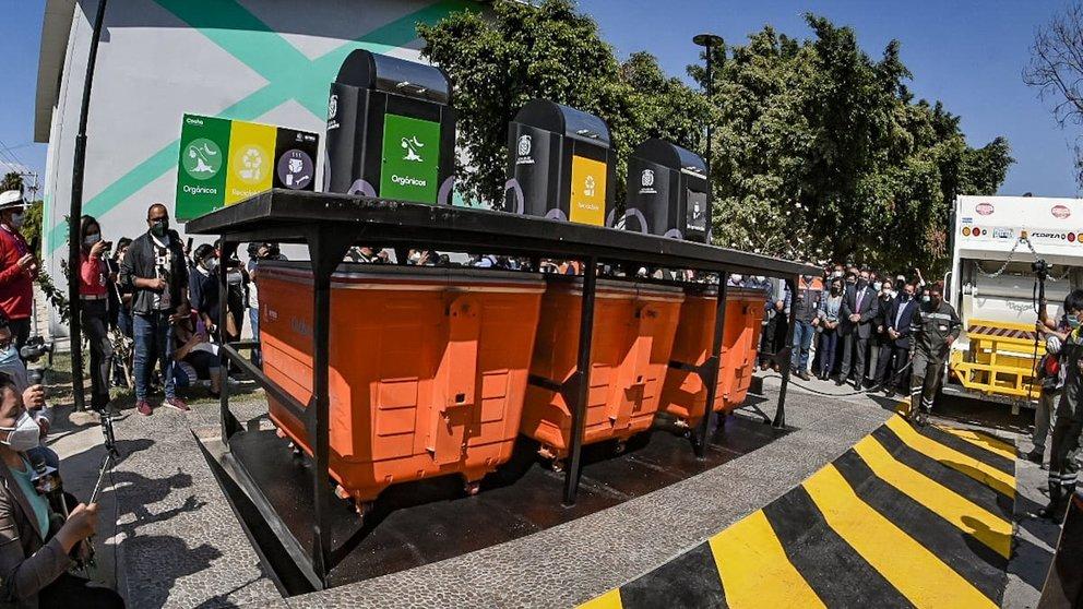 Una imagen de los contenedores subterráneoos. DICO SOLÍS