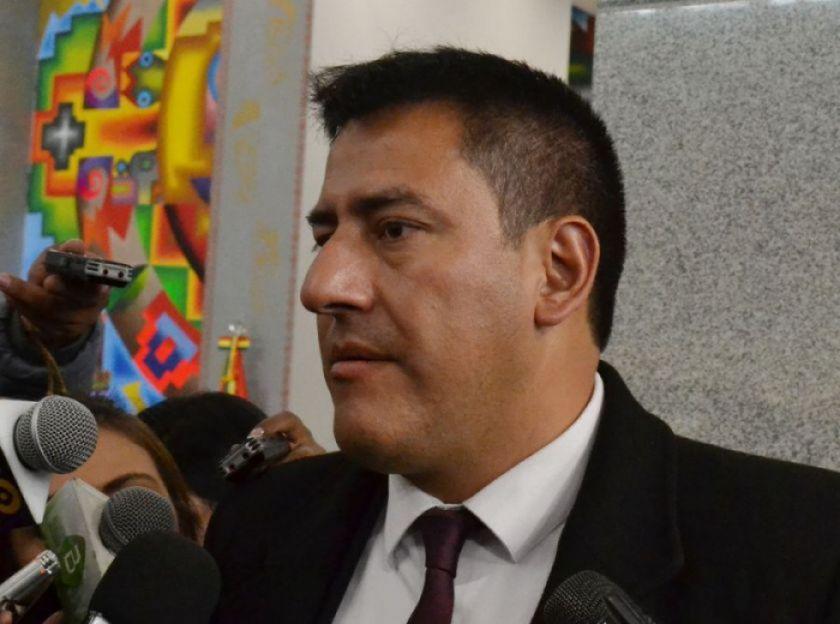 Exministro Zavaleta figura como funcionario de la Alcaldía de El Alto